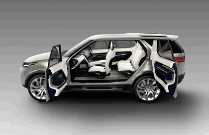 2014 Land Rover Discovery Vision concept 12