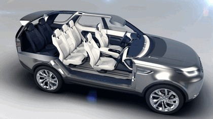 2014 Land Rover Discovery Vision concept 13