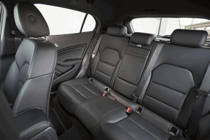 2014 Mercedes-Benz GLA 200 CDI - UK version 35