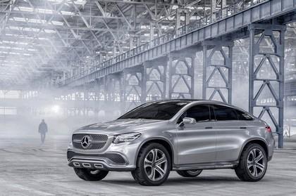 2014 Mercedes-Benz Concept Coupé SUV 5