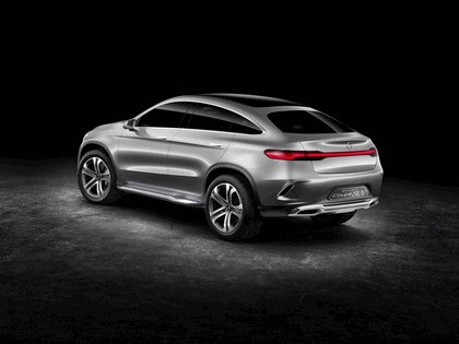 2014 Mercedes-Benz Concept Coupé SUV 15