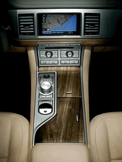 2007 Jaguar XF 17