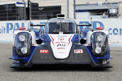 2014 Toyota TS040 Hybrid - on track launch 6