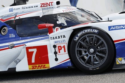 2014 Toyota TS040 Hybrid - on track launch 11