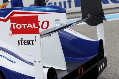 2014 Toyota TS040 Hybrid - on track launch 13