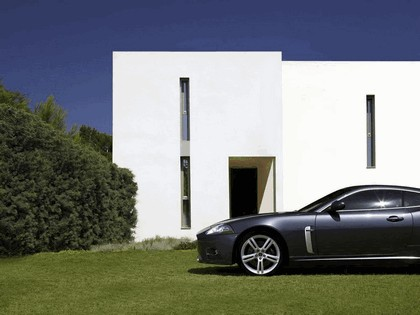 2007 Jaguar XKR 8