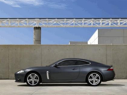 2007 Jaguar XKR 16