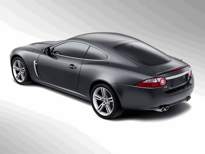 2007 Jaguar XKR 28