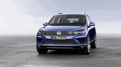 2014 Volkswagen Touareg 2