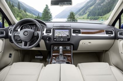 2014 Volkswagen Touareg 26