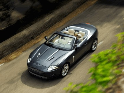 2007 Jaguar XKR convertible 3
