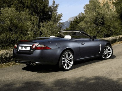 2007 Jaguar XKR convertible 5