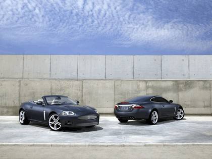 2007 Jaguar XKR convertible 8