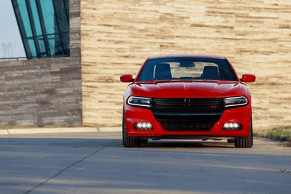 2015 Dodge Charger 2