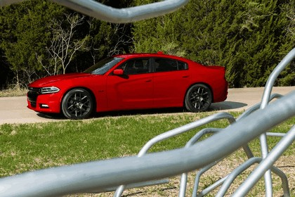 2015 Dodge Charger 10