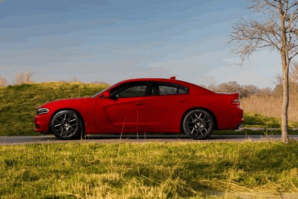 2015 Dodge Charger 11