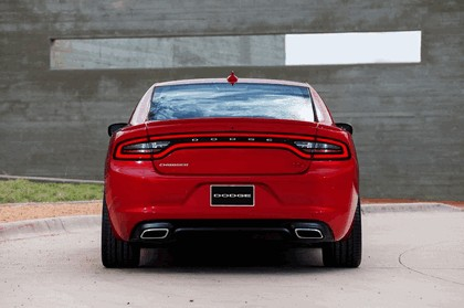 2015 Dodge Charger 16