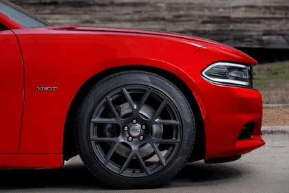 2015 Dodge Charger 27