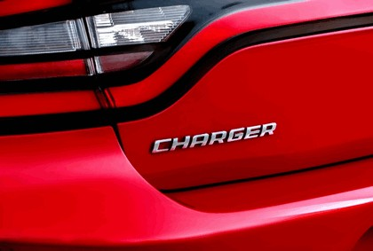 2015 Dodge Charger 30