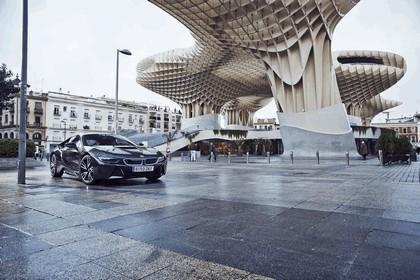 2015 BMW i8 11