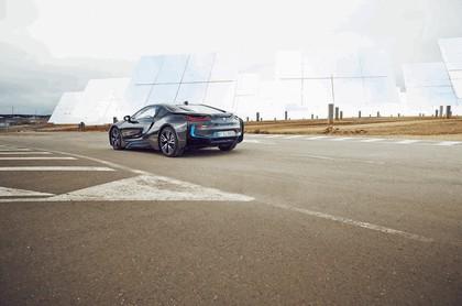 2015 BMW i8 16