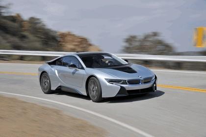 2015 BMW i8 21