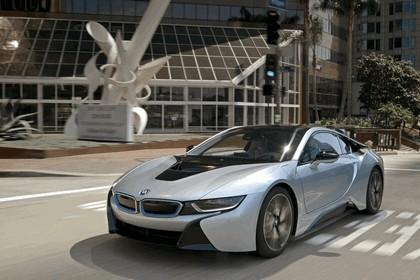 2015 BMW i8 26