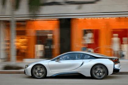 2015 BMW i8 28