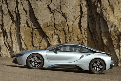 2015 BMW i8 55