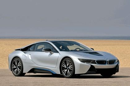 2015 BMW i8 57