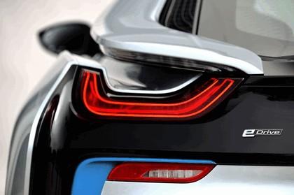 2015 BMW i8 63