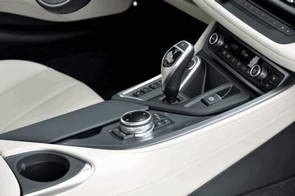 2015 BMW i8 69