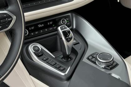 2015 BMW i8 70