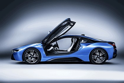 2015 BMW i8 Pure Impulse 5