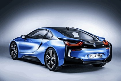 2015 BMW i8 Pure Impulse 9