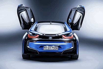 2015 BMW i8 Pure Impulse 15