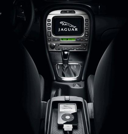 2007 Jaguar X-Type 26