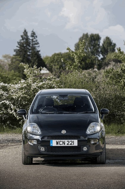 2014 Fiat Punto Jet Black 2 - UK version 6