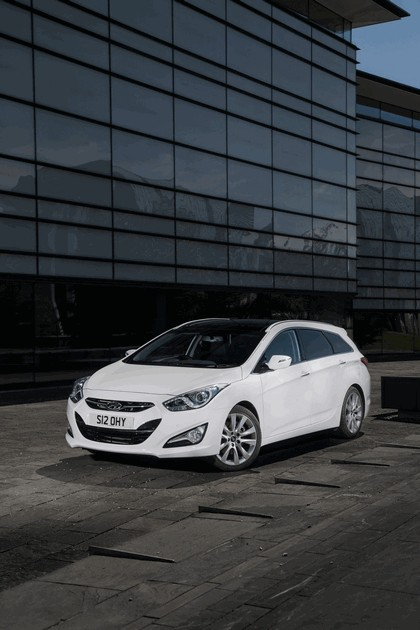 2014 Hyundai i40 Tourer - UK version 1