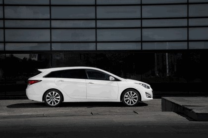 2014 Hyundai i40 Tourer - UK version 5