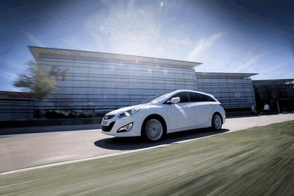 2014 Hyundai i40 Tourer - UK version 8
