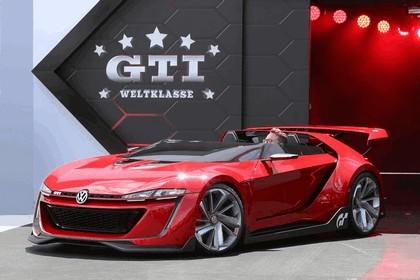2014 Volkswagen GTI roadster concept 1