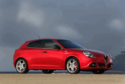 2014 Alfa Romeo Giulietta QV 3