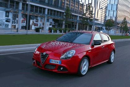 2014 Alfa Romeo Giulietta QV 9