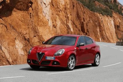2014 Alfa Romeo Giulietta QV 13