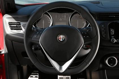 2014 Alfa Romeo Giulietta QV 21