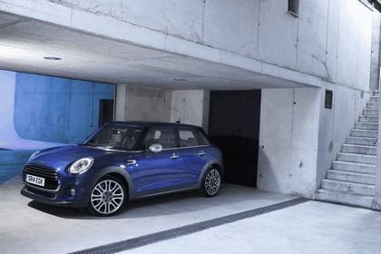 2014 Mini Cooper D 5-door - UK version 41