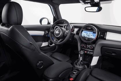2014 Mini Cooper S 5-door 10