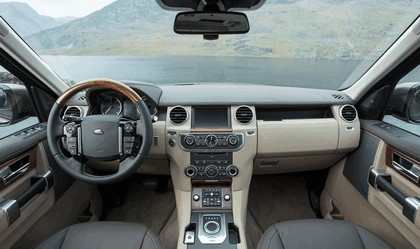 2015 Land Rover Discovery SDV6 17
