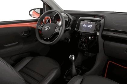 2014 Toyota Aygo x-cite 6